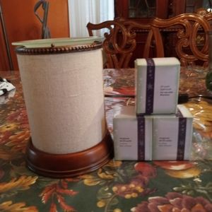 Scentsy Linen Shade Warmer and replacement bulbs